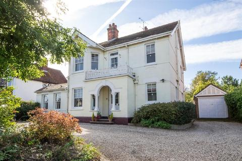 6 bedroom detached house for sale - Baddow Road, Chelmsford