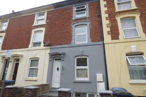 4 bedroom terraced house to rent - DOVER