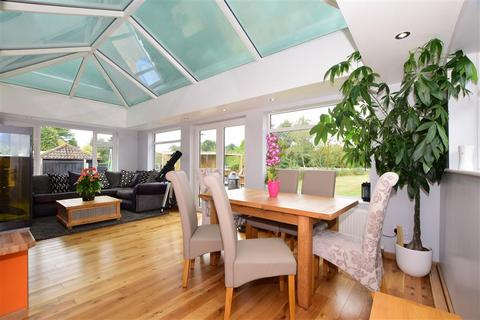 4 bedroom bungalow for sale - Broomfield Road, Kingswood, Maidstone, Kent