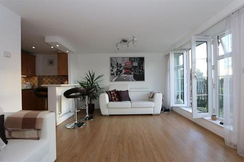 2 bedroom apartment for sale -  London Road, Isleworth, TW7
