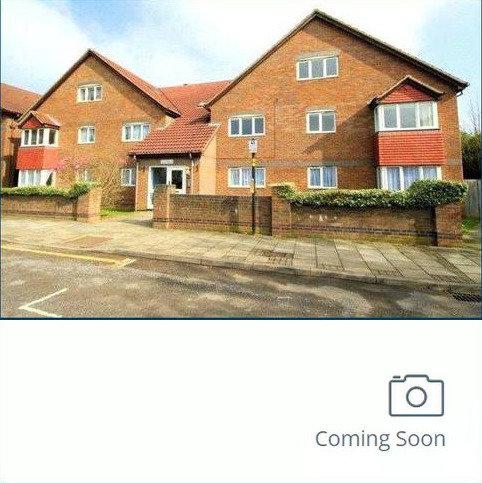 2 bedroom flat for sale - Holbein House, Marsh Lane, Stanmore, HA7, Holbein House, Marsh Lane, Stanmore, HA7, HA7