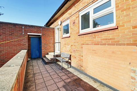 2 bedroom flat for sale - Wigmore Lane, Luton