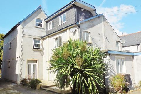2 bedroom apartment to rent - Top Floor Flat, Richmond Road, Cardiff CF24 3BX