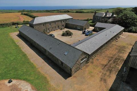3 bedroom barn conversion to rent - Lamorna, TR19