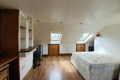 5 bedroom terraced house to rent - Stanmore Rd N15