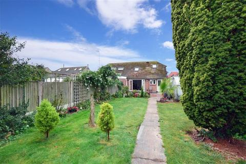 4 bedroom bungalow for sale - Percy Avenue, Kingsgate, Broadstairs, Kent