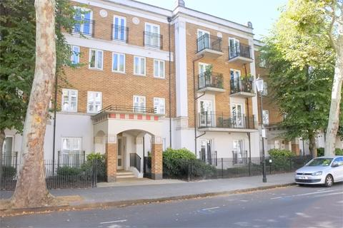 2 bedroom ground floor flat to rent - Russell Road, Kensington, London, W14 8JB