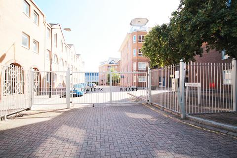1 bedroom apartment to rent - Homer Drive, London, E14 3UL