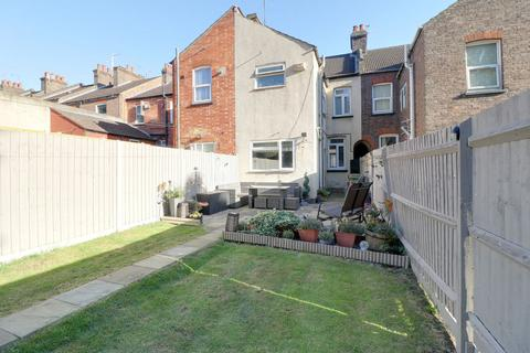3 bedroom terraced house for sale - Ridgway Road, Luton