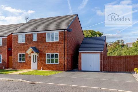 4 bedroom detached house for sale - Ffordd Brannan, Buckley CH7 3