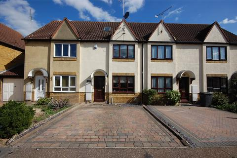 3 bedroom terraced house for sale - Shirebourn Vale, South Woodham Ferrers, Essex, CM3