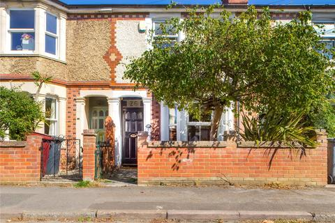 3 bedroom terraced house to rent - Brisbane Road, Reading, Berkshire, RG30