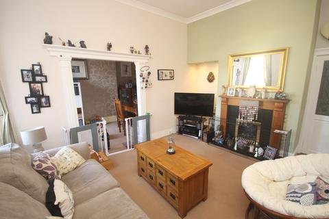 2 bedroom flat for sale - Tynemouth Road, North Shields, North Shields, NE30 1EF