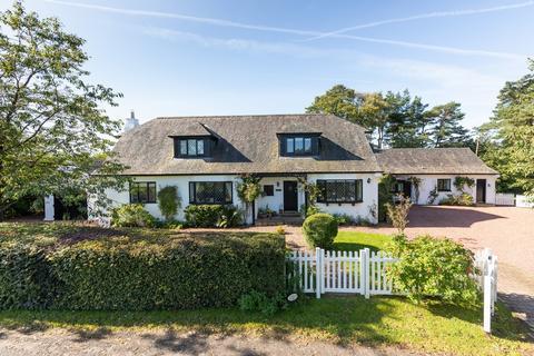 6 bedroom detached villa for sale - Polnoon Cottage, Strathaven Road, Eaglesham, G76 0PG