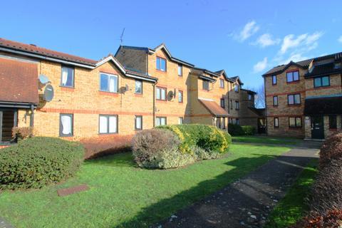 2 bedroom flat to rent - Enfield, EN3