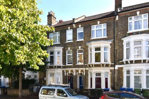 3 bedroom flat for sale - Glengarry Road