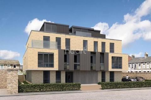 2 bedroom flat for sale - Whichcote House, Springfield Road, Cambridge