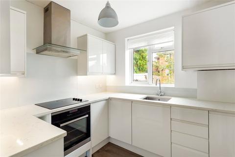 2 bedroom flat for sale - Nicolson Way, Sevenoaks, Kent, TN13
