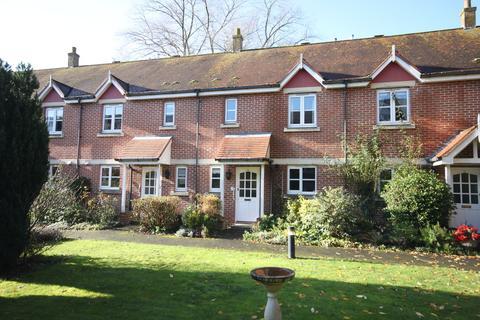 3 bedroom terraced house for sale - ARCHERS COURT, CASTLE STREET, SALISBURY, WILTSHIRE SP1 3WF