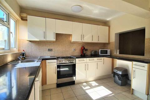 3 bedroom terraced house to rent - Henderson Road, London