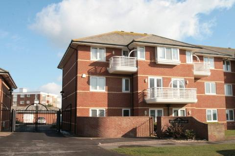 2 bedroom apartment to rent - Rustington, West Sussex