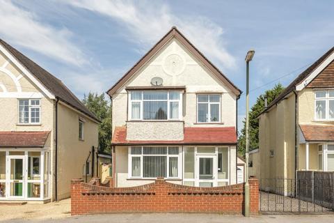 3 bedroom detached house to rent - Crabtree Road, Camberley, GU15