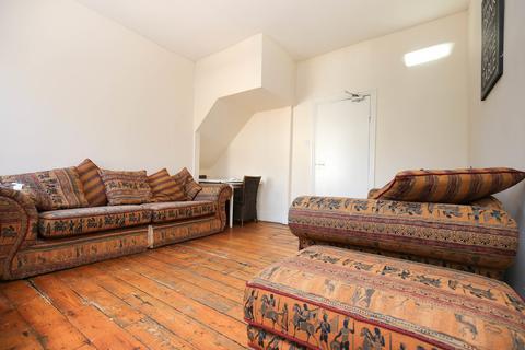 1 bedroom apartment to rent - Roxburgh Place, Heaton, Newcastle Upon Tyne