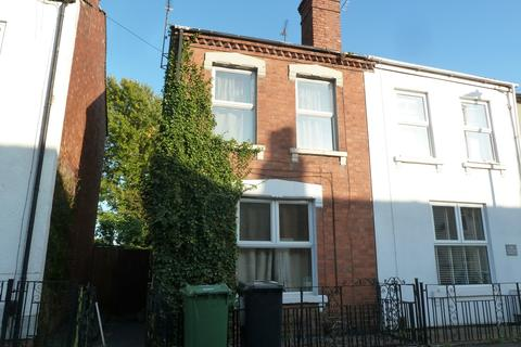 3 bedroom semi-detached house for sale - Swan Road, Gloucester, GL1