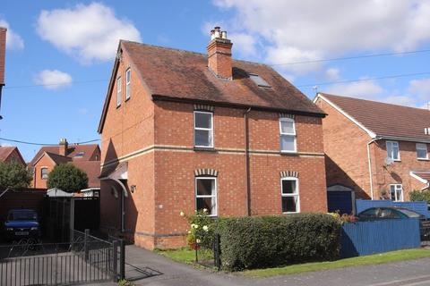 3 bedroom semi-detached house to rent - Sherrards Green Road, Malvern