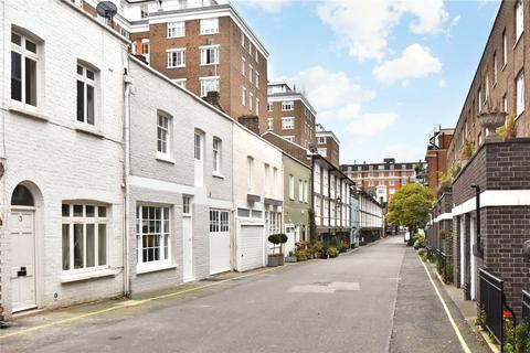 3 bedroom mews to rent - Bryanston Mews West, London, W1H