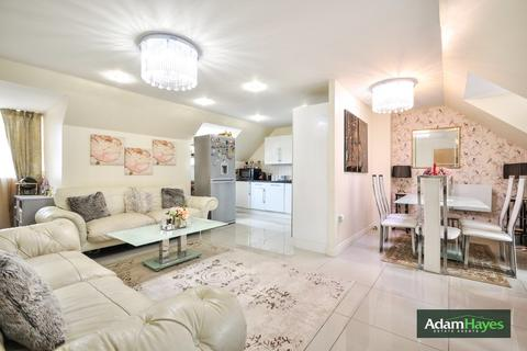 2 bedroom apartment for sale - Constable Close, Friern Barnet, N11