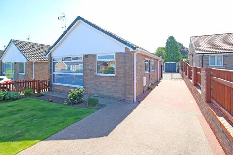 2 bedroom detached bungalow for sale - Greenways, Driffield