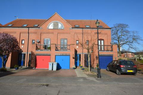 3 bedroom townhouse for sale - 20 Brewers Wharf, Newark