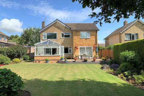 4 bedroom detached house for sale - Beechwood Avenue, Melton Mowbray