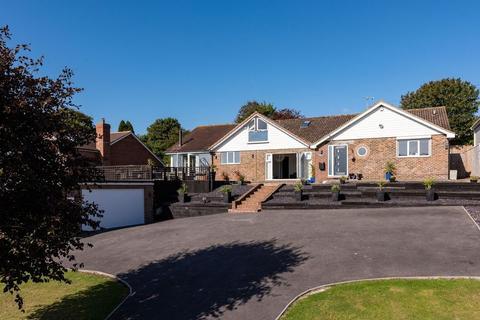 5 bedroom chalet for sale - School Lane, Pyecombe