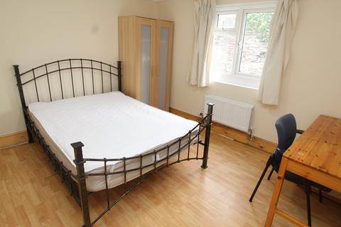 1 bedroom house share to rent - Mundy Place , Cathays , Cardiff