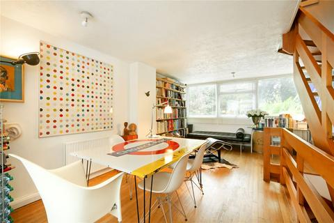 3 bedroom terraced house for sale - Paxton Close, Richmond, Surrey, TW9
