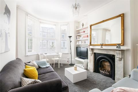 2 bedroom flat for sale - Almeric Road, London, SW11