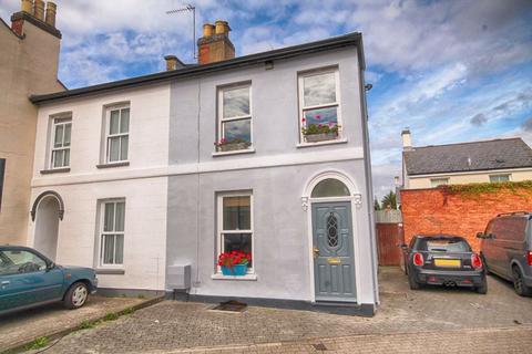 4 bedroom semi-detached house for sale - New Street, Near University, Cheltenham, GL50