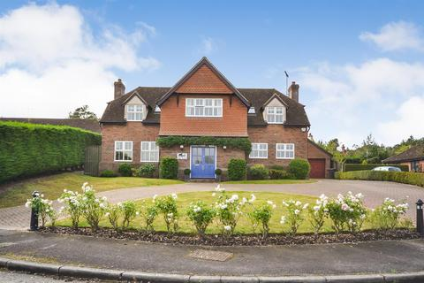 5 bedroom detached house for sale - High Pastures, Little Baddow