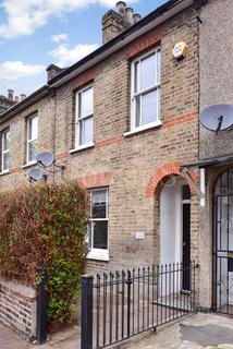 3 bedroom terraced house to rent - Church Road, London, N17