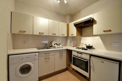 1 bedroom apartment for sale - Braemar Court, Brook Road South, Brentford