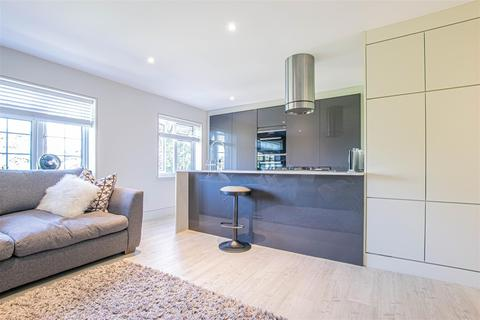 2 bedroom apartment for sale - College Court, College Road, Hoddesdon