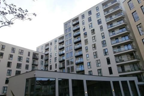 2 bedroom apartment to rent - Guildford Road, Woking, GU22