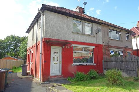 3 bedroom semi-detached house for sale - Gwynne Avenue, Bradford, West Yorkshire, BD3
