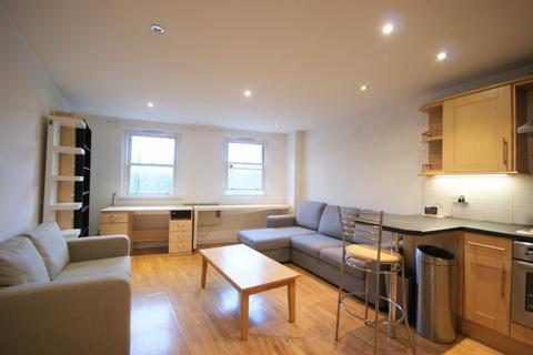 1 bedroom flat to rent - Burdett Road, E3