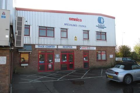Warehouse to rent - Units 9 & 10, Sovereign Centre , Farthing Road
