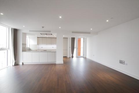 3 bedroom flat to rent - Wandsworth Road, Nine Elms Point, London. SW8