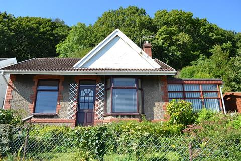 2 bedroom detached bungalow for sale - Bungalow Graig Y Tewgoed, Cwmavon, Port Talbot, Neath Port Talbot. SA12 9YE