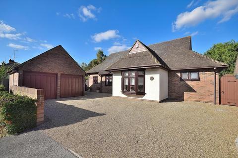 3 bedroom detached bungalow for sale - Birchwood Road, Cock Clarks, Chelmsford, Essex, CM3